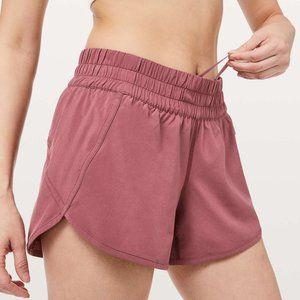 Lululemon Tracker Shorts sz 4 EUC